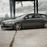 Audi RS6 Avant z felgami AMG