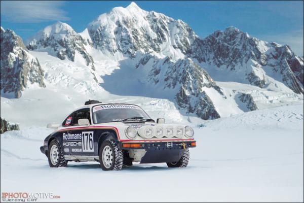 Porsche 953 Rothmans