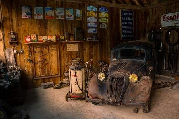 garage-943249_1280