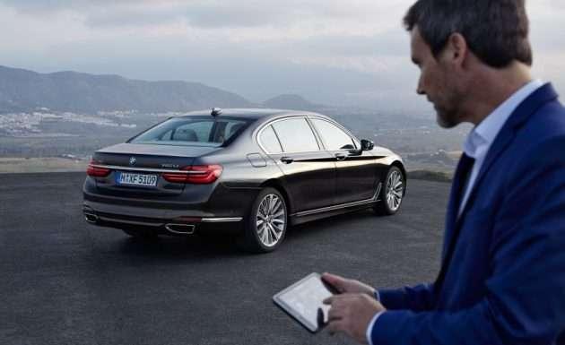 2016-BMW-750Li-xDrive-113-876x535