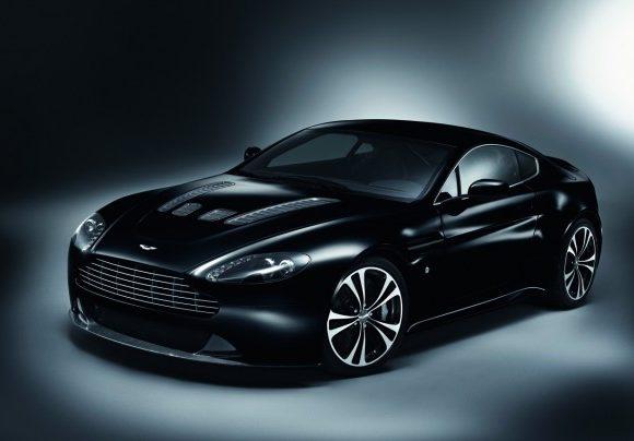 Aston Martin DBS Carbon Black