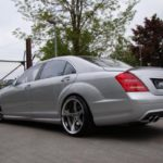Mercedes W221 od MEC Design