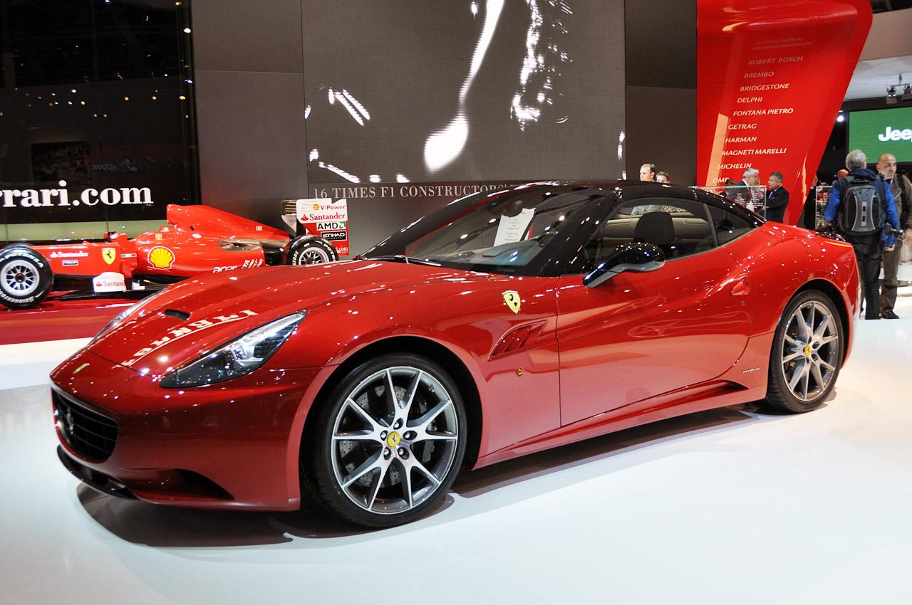 Ferrari California z systemem HELE - Auto-Blog